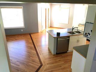 Photo 5: 20 DOUGLAS GLEN Heights SE in Calgary: Douglasdale/Glen House for sale : MLS®# C4109421