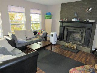 Photo 3: 6532 WILTSHIRE Street in Sardis: Sardis West Vedder Rd House for sale : MLS®# R2324950