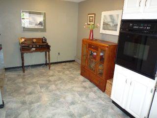 Photo 10: 1855 GREER AV in Vancouver: Kitsilano Condo for sale (Vancouver West)  : MLS®# V1068596