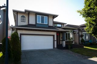 "Photo 1: 9444 202B Street in Langley: Walnut Grove House for sale in ""Riverwynde"" : MLS®# R2182423"