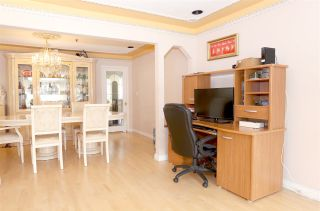 Photo 4: 2169 E 48TH Avenue in Vancouver: Killarney VE House for sale (Vancouver East)  : MLS®# R2156457