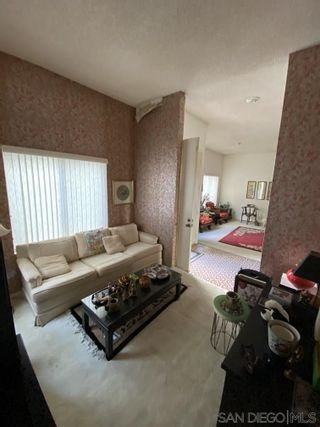 Photo 8: CARLSBAD EAST House for sale : 4 bedrooms : 2729 La Gran Via in Carlsbad