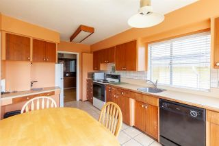 Photo 10: 808 E 4TH Street in North Vancouver: Queensbury House for sale : MLS®# R2589883