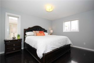 Photo 7: 539 Downland Drive in Pickering: West Shore House (2-Storey) for sale : MLS®# E3435078
