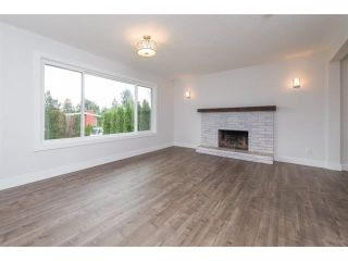 Photo 3: 2175 RIDGEWAY Street in Abbotsford: Abbotsford West House for sale : MLS®# R2146944