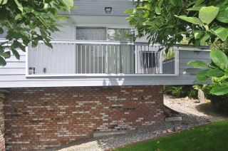 """Photo 2: 106 134 W 20TH Street in North Vancouver: Central Lonsdale Condo for sale in """"CHEZ MOI"""" : MLS®# R2507152"""