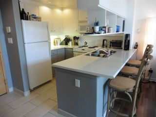 """Photo 8: 403 1978 VINE Street in Vancouver: Kitsilano Condo for sale in """"THE CAPERS BUILDING"""" (Vancouver West)  : MLS®# R2593406"""