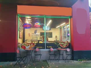 Photo 2:  in Vancouver: False Creek Business for sale (Vancouver West)  : MLS®# C8040736
