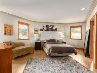 Photo 9: 2555 JURA Crescent in Squamish: Garibaldi Highlands House for sale : MLS®# R2176752
