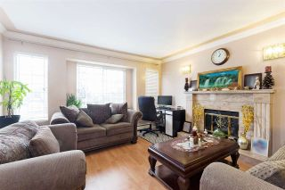 Photo 2: 1485 E 61ST Avenue in Vancouver: Fraserview VE House for sale (Vancouver East)  : MLS®# R2551905