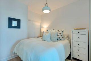 Photo 4: 409 35 Brian Peck Crescent in Toronto: Thorncliffe Park Condo for sale (Toronto C11)  : MLS®# C4839136