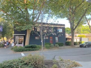 Photo 2: 2992 W BROADWAY in Vancouver: Kitsilano Multi-Family Commercial for sale (Vancouver West)  : MLS®# C8039581