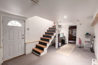 """Photo 20: 1937 GRAVELEY Street in Vancouver: Grandview Woodland House for sale in """"Commercial Drive"""" (Vancouver East)  : MLS®# R2404224"""