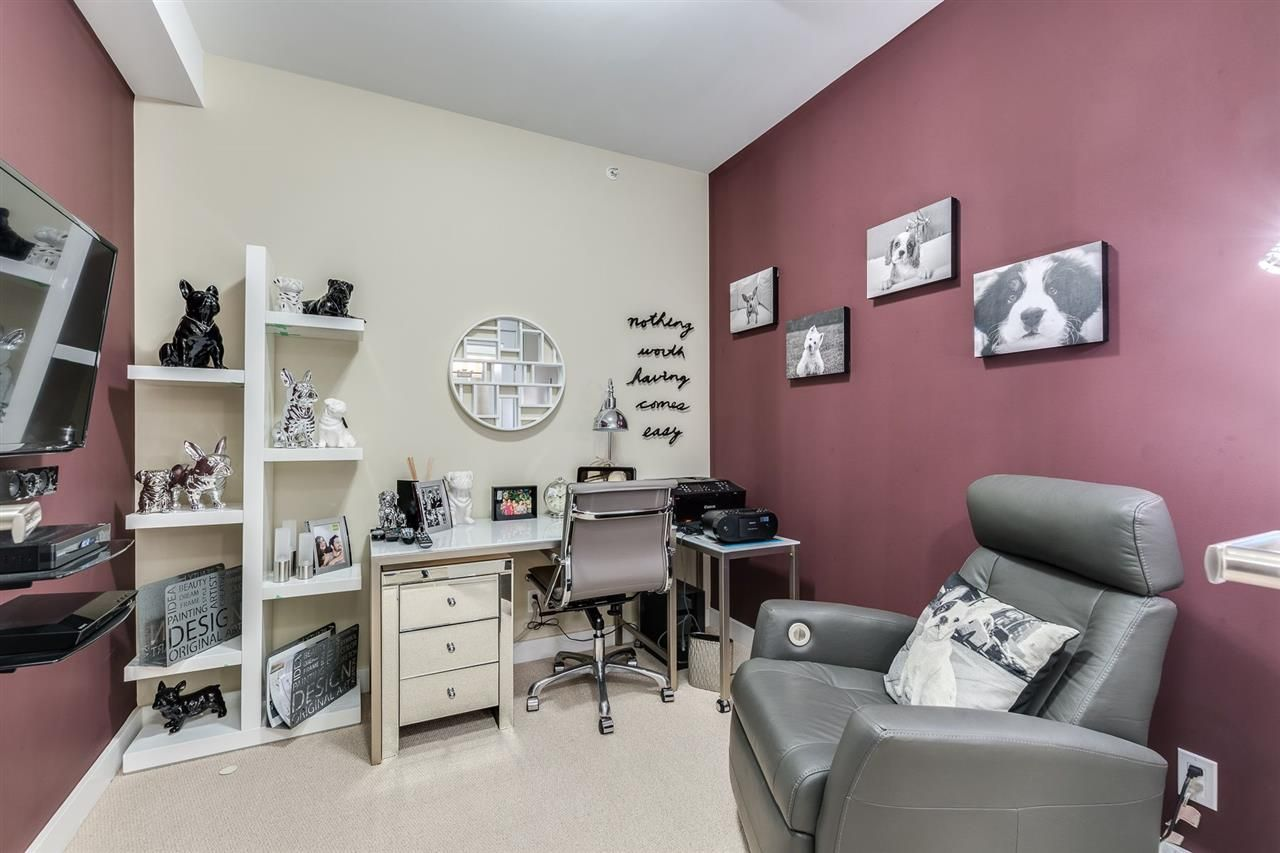"""Photo 17: Photos: 204 301 CAPILANO Road in Port Moody: Port Moody Centre Condo for sale in """"The Residences"""" : MLS®# R2474301"""