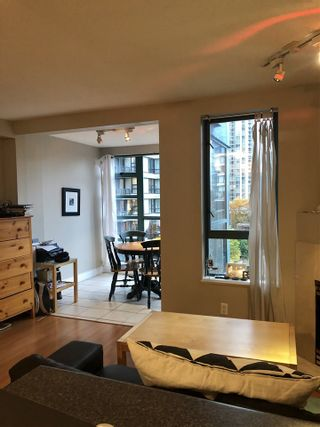 "Photo 6: 606 939 HOMER Street in Vancouver: Yaletown Condo for sale in ""The Pinnacle"" (Vancouver West)  : MLS®# R2575270"