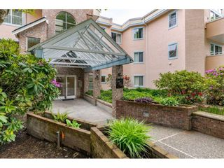 """Photo 2: 309 5565 BARKER Avenue in Burnaby: Central Park BS Condo for sale in """"Barker Place"""" (Burnaby South)  : MLS®# R2483615"""