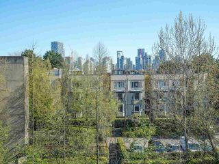"""Photo 17: 24 1345 W 4TH Avenue in Vancouver: False Creek Townhouse for sale in """"Granville Island Village"""" (Vancouver West)  : MLS®# R2564890"""