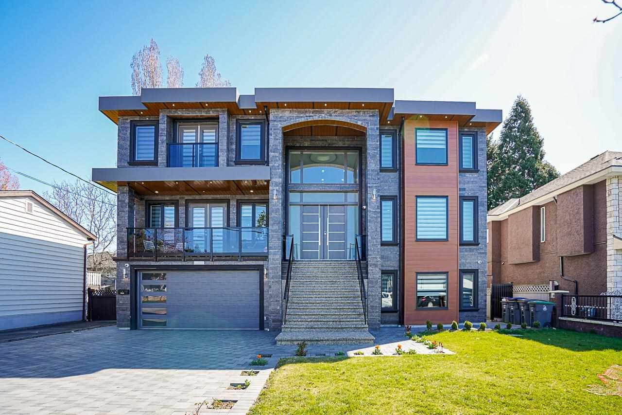 Main Photo: 9346 127 Street in Surrey: Queen Mary Park Surrey House for sale : MLS®# R2590457