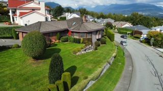 """Photo 38: 624 CLEARWATER Way in Coquitlam: Coquitlam East House for sale in """"RIVER HEIGHTS"""" : MLS®# R2622495"""