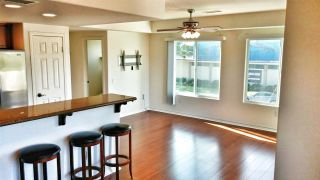 Photo 6: PACIFIC BEACH Townhouse for sale : 2 bedrooms : 1605 Emerald in San Diego