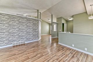 Photo 6: 262 Martinwood Place NE in Calgary: Martindale Detached for sale : MLS®# A1123392
