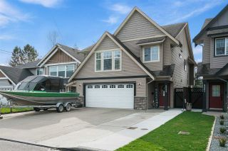 Photo 2: 9343 COOTE Street in Chilliwack: Chilliwack E Young-Yale House for sale : MLS®# R2552649