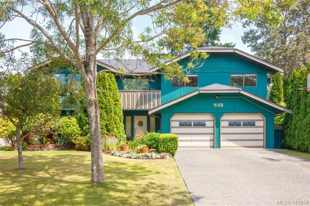 Main Photo: 4159 Tuxedo Dr in VICTORIA: SE Lake Hill House for sale (Saanich East)  : MLS®# 819260