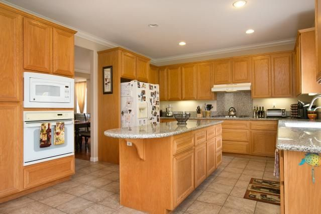 Photo 8: Photos: AVIARA House for sale : 5 bedrooms : 6484 Goldenbush Drive in Carlsbad