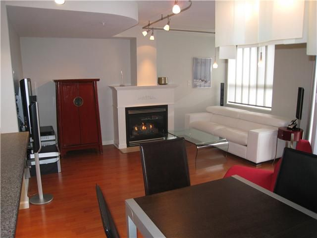 """Main Photo: 23 3477 COMMERCIAL Street in Vancouver: Victoria VE Townhouse for sale in """"LA VILLA"""" (Vancouver East)  : MLS®# V836963"""