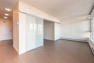 "Photo 5: 2308 13308 CENTRAL Avenue in Surrey: Whalley Condo for sale in ""EVOLVE"" (North Surrey)  : MLS®# R2513676"