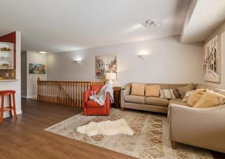 Photo 3: 136 MT ABERDEEN Manor SE in Calgary: McKenzie Lake Row/Townhouse for sale : MLS®# A1109069