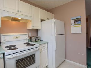 Photo 11: 557 HAIDA STREET in COMOX: CV Comox (Town of) House for sale (Comox Valley)  : MLS®# 796373