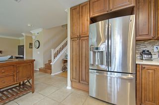 Photo 9: OCEANSIDE House for sale : 4 bedrooms : 3349 RICEWOOD