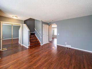Photo 5: 623 Taradale Drive NE in Calgary: Taradale Detached for sale : MLS®# A1127134