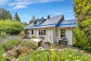 Photo 1: 280 Churchill Rd in : GI Salt Spring House for sale (Gulf Islands)  : MLS®# 884517