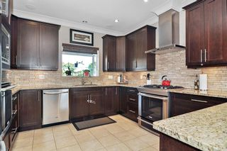 Photo 6: 19075 60B Avenue in Surrey: Cloverdale BC House for sale (Cloverdale)  : MLS®# R2475038