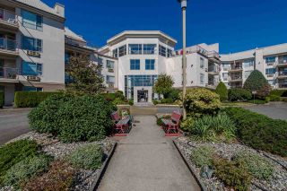 """Photo 1: 117 2626 COUNTESS Street in Abbotsford: Abbotsford West Condo for sale in """"The Wedgewood"""" : MLS®# R2218687"""