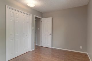 Photo 17: 236 Avonburn Road SE in Calgary: Acadia Semi Detached for sale : MLS®# A1091862