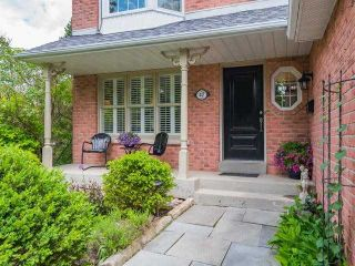 Photo 2: 47 Hedgewood Drive in Markham: Unionville House (3-Storey) for sale : MLS®# N4392239