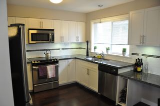 """Photo 2: # 21 335 E 33RD AV in Vancouver: Main Townhouse for sale in """"WALK TO MAIN"""" (Vancouver East)"""