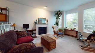 Photo 4: 1715 ISLAND AVENUE in Vancouver: South Marine House for sale (Vancouver East)  : MLS®# R2578417