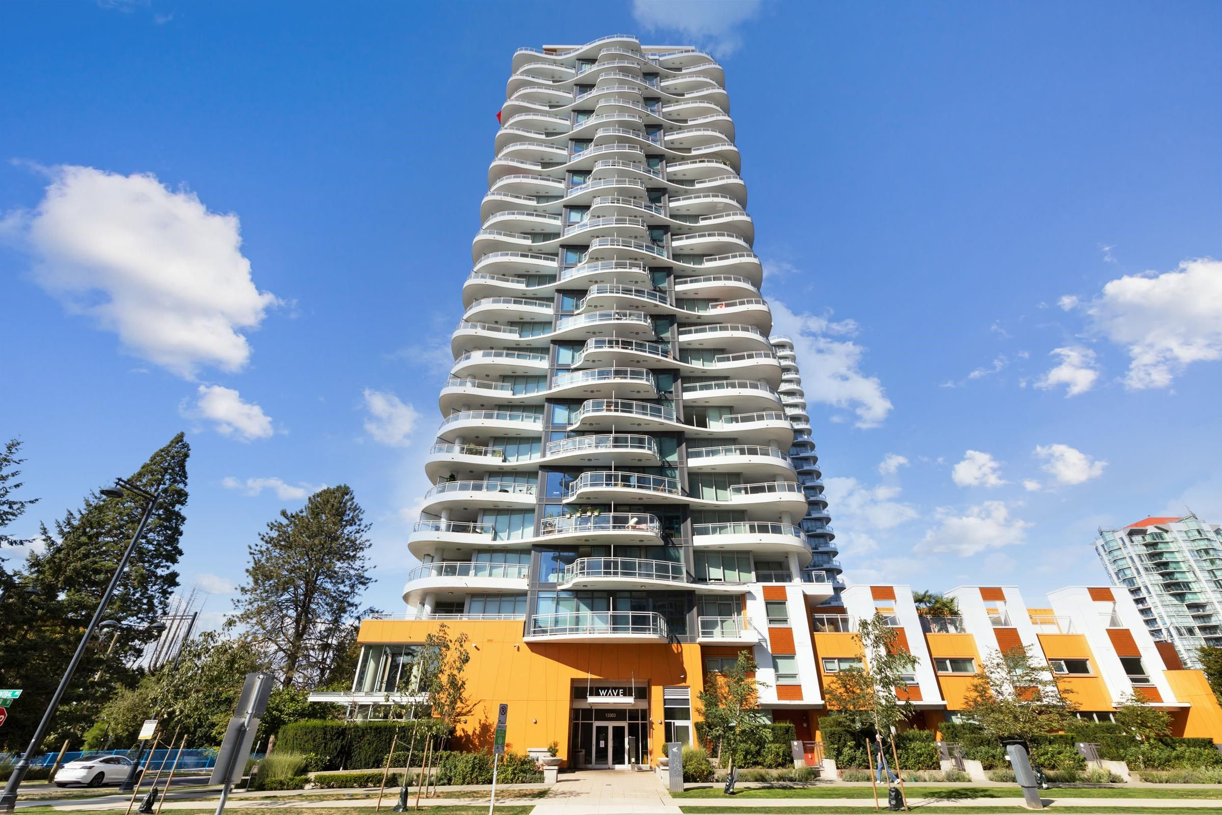 """Main Photo: 602 13303 CENTRAL Avenue in Surrey: Whalley Condo for sale in """"The Wave"""" (North Surrey)  : MLS®# R2617705"""