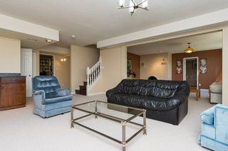 Photo 29: Wonderful Home in Dartmoor Heights