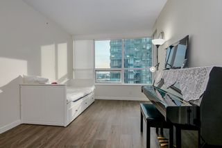 """Photo 14: 905 112 E 13TH Street in North Vancouver: Central Lonsdale Condo for sale in """"CENTREVIEW"""" : MLS®# R2566516"""