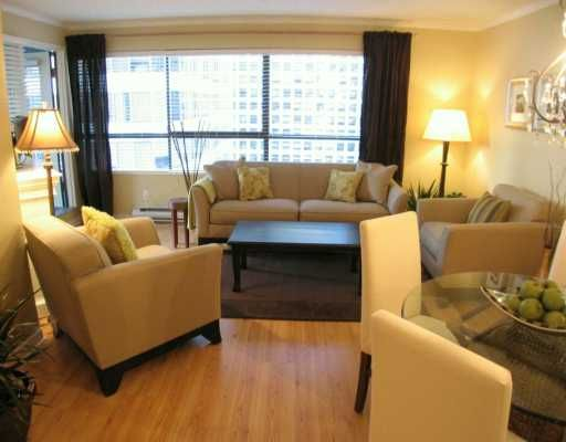 """Photo 2: Photos: 1060 ALBERNI Street in Vancouver: West End VW Condo for sale in """"THE CARLYLE"""" (Vancouver West)  : MLS®# V620523"""