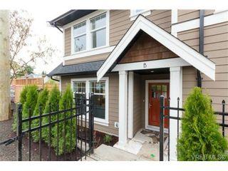 Photo 1: B 7880 Wallace Dr in SAANICHTON: CS Saanichton Half Duplex for sale (Central Saanich)  : MLS®# 686274