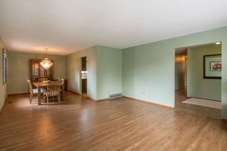 Photo 5: 143 Edgehill Place NW in Calgary: Edgemont Detached for sale : MLS®# A1143804