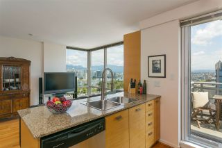 "Photo 6: 803 2483 SPRUCE Street in Vancouver: Fairview VW Condo for sale in ""Skyline"" (Vancouver West)  : MLS®# R2398582"