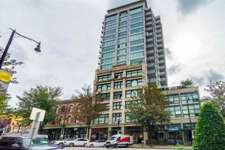 """Photo 1: 903 668 COLUMBIA Street in New Westminster: Quay Condo for sale in """"Trapp & Holbrook"""" : MLS®# R2292147"""