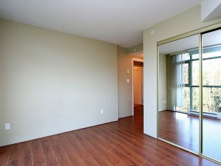 Photo 5: 901 2733 CHANDLERY Place in Vancouver: Fraserview VE Condo for sale (Vancouver East)  : MLS®# V996793